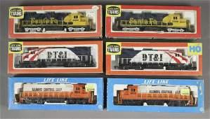6 Life - Like Locomotive Train Cars