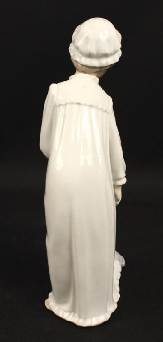 Lladro Nao Porcelain Girl Nightgown Foot Bath - 4