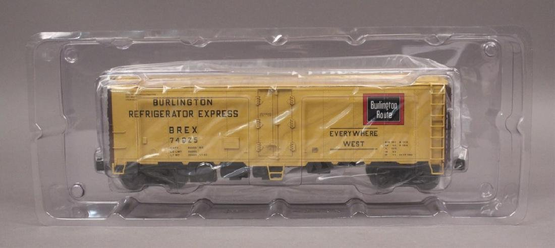 Lionel 6-17339 Burlington Reefer Steel Sided Car