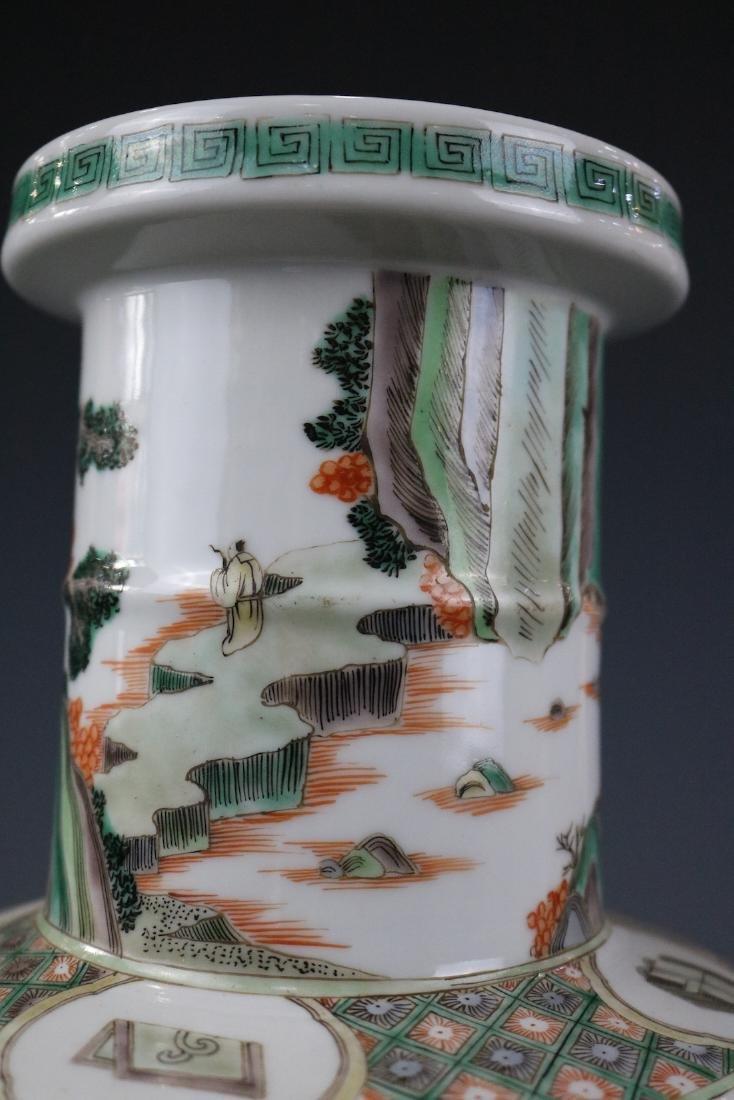 Kangxi Mark,A Famille Verte Vase - 8
