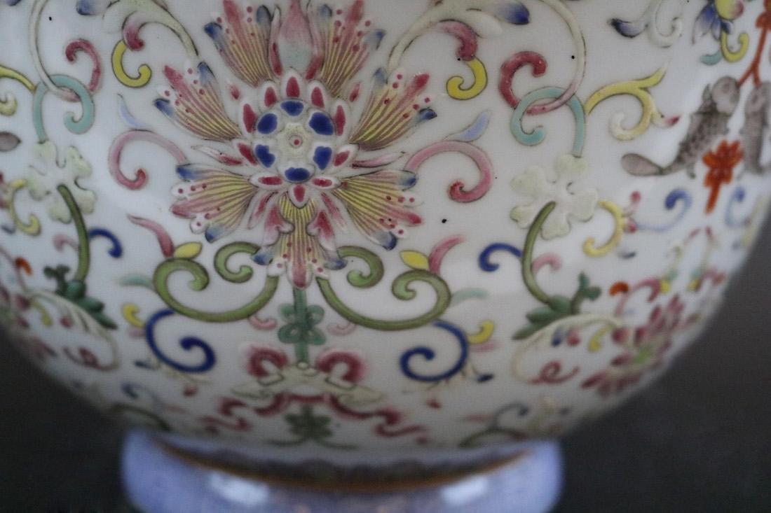 Shendetang Mark,A Famille Rose Flowerpot - 3