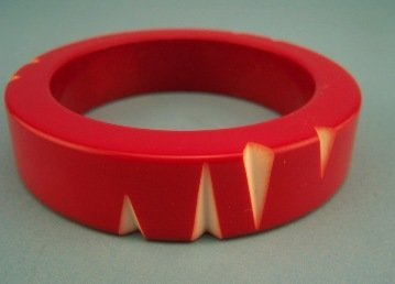 11: Two Tone Red Carved Art Deco Bakelite Bangle