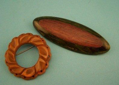 18: 2 Bakelite pins.1 Carved.1 w/Rosewood