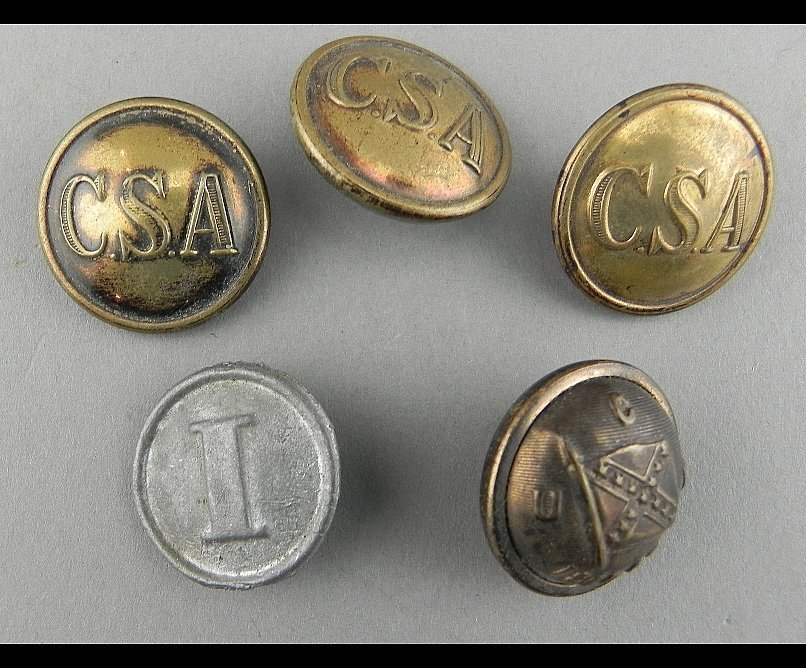 Group of 5 Civil War and related buttons