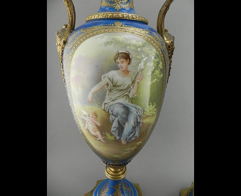 Pair of Sevres Style Urns. Signed E. Grisard - 2