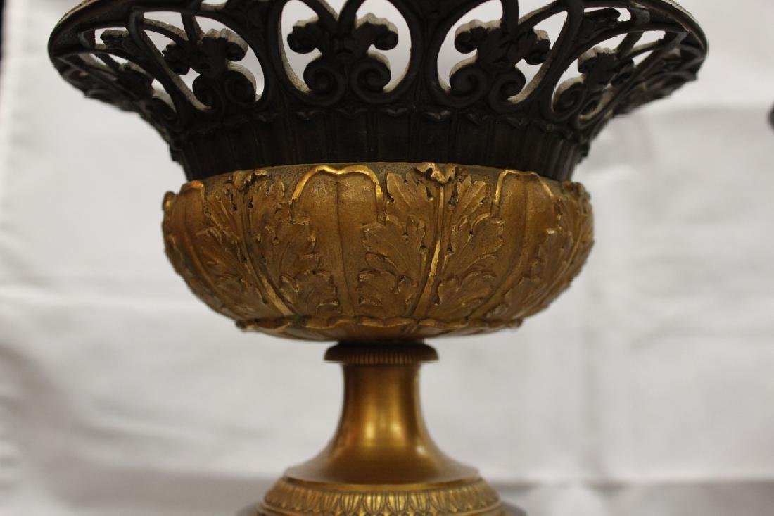 Pair of Early 19th.C Bronze Centerpiece - 6