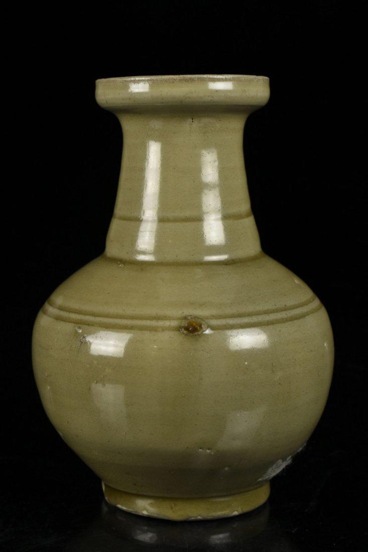 Chinese Song Celadon Yue Kiln Vase - 2