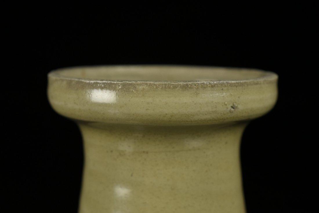 Chinese Song Celadon Yue Kiln Vase - 4