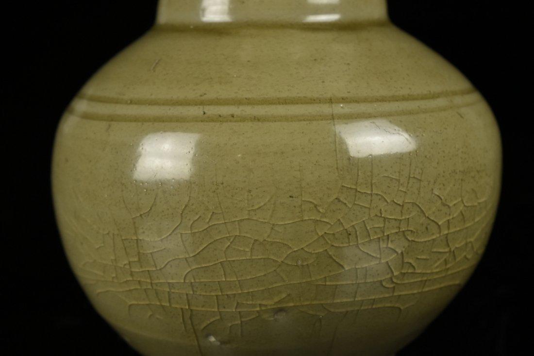 Chinese Song Celadon Yue Kiln Vase - 6