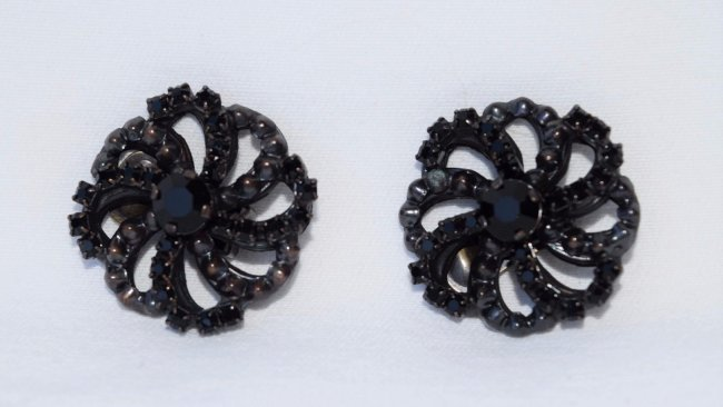 GIORGIO ARMANI Black Jet Onyx Clip On Earrings