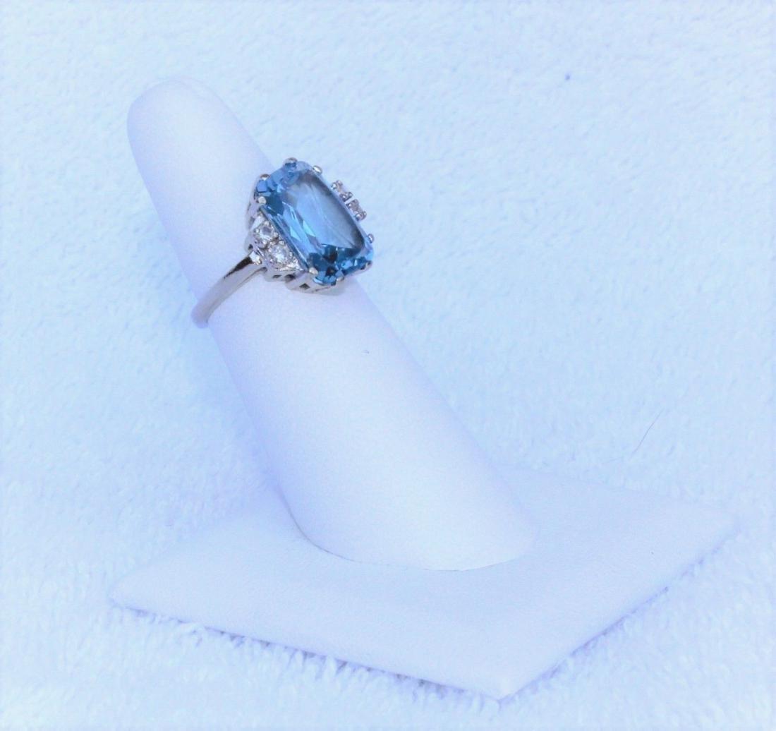 Vintage 10k White Gold Blue Topaz Emerald Cut Ring Sz 6 - 8
