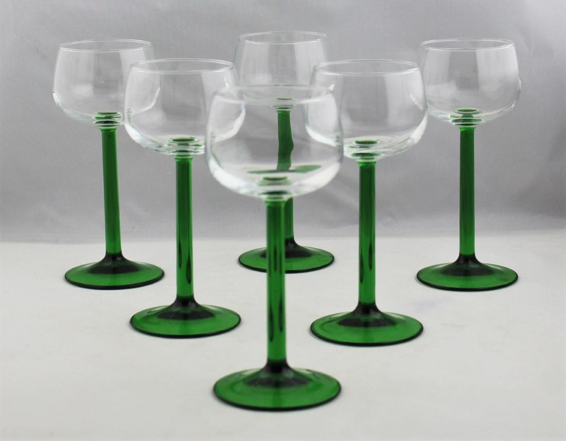 French Wine Glasses With Emerald Green Stems (7) - 4