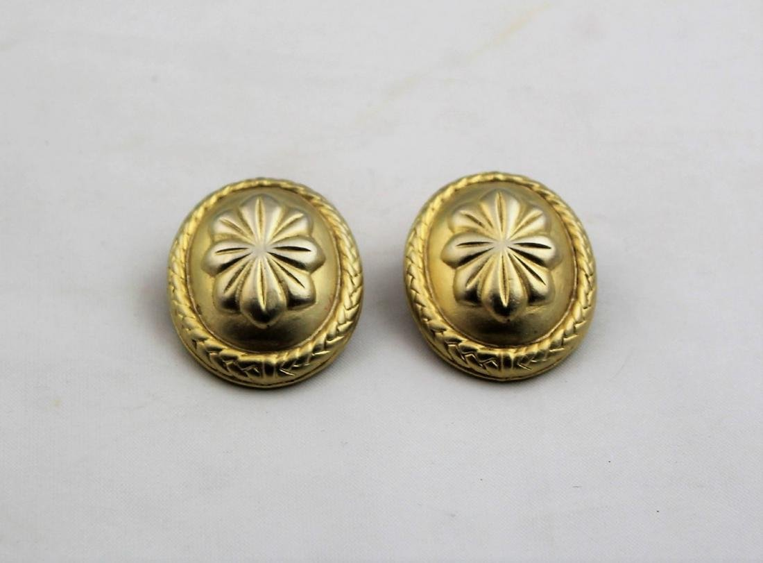 Oscar de la Renta Gold Tone Clip On Earrings