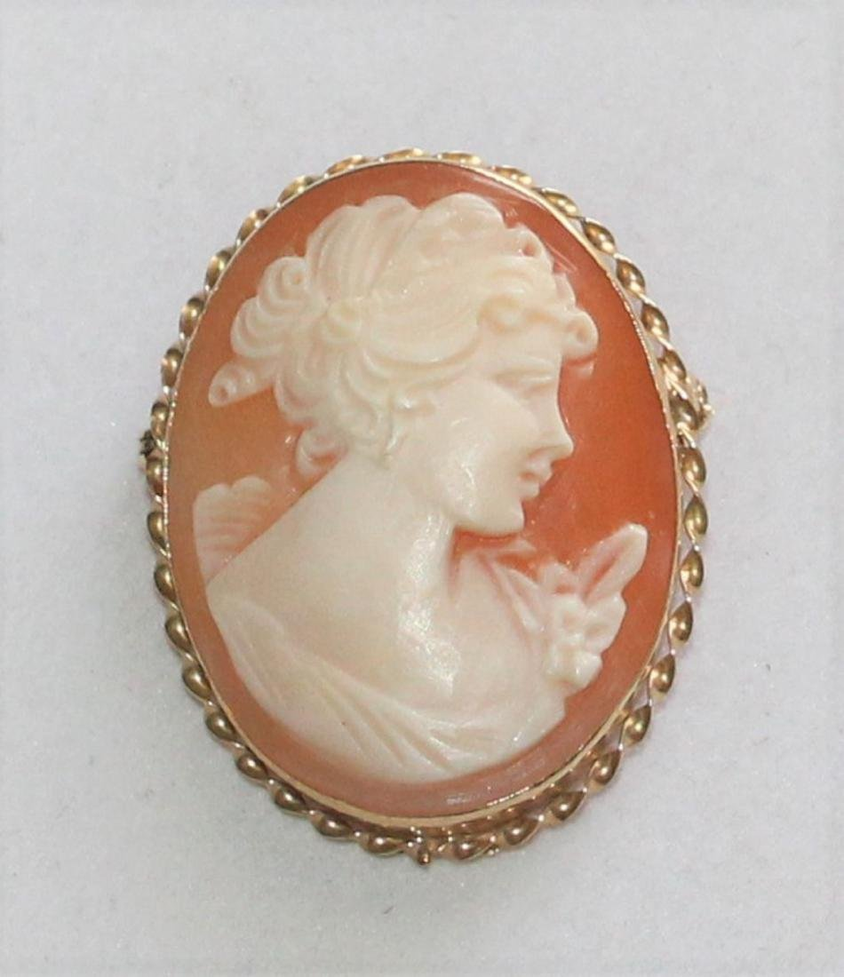14K Yellow Gold Carved Shell Cameo by Giovanni