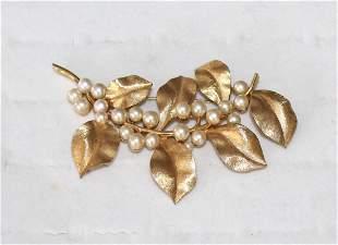 Huge Vintage Crown Trifari Faux Pearl Gold Plate Brooch