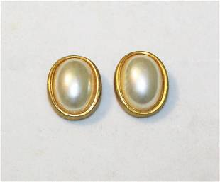 Christian Dior Jewelry - Clip On Faux Pearl Earrings