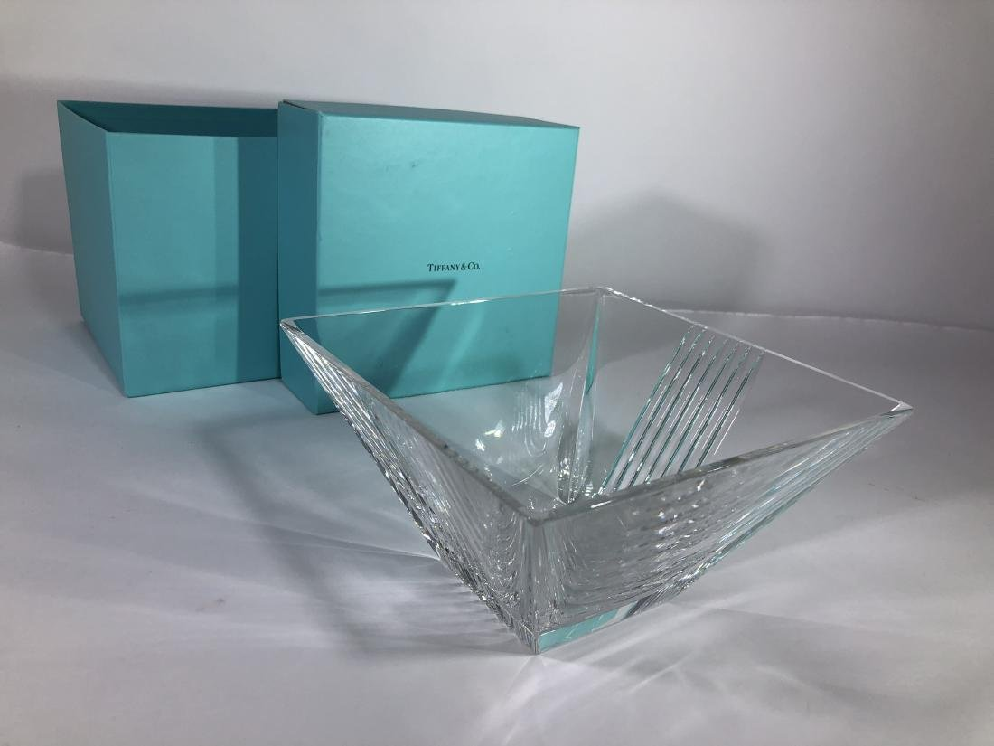 Tiffany & Co. Signed glass bowl - 2