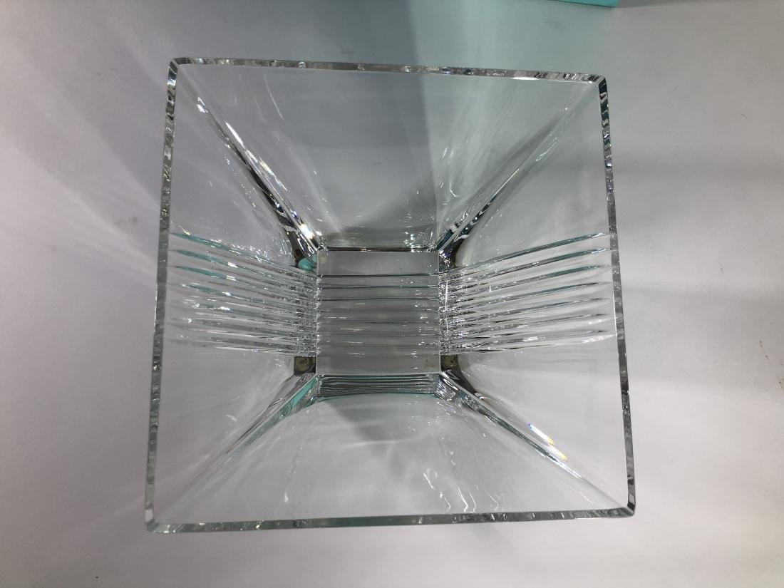 Tiffany & Co. Signed glass bowl - 3