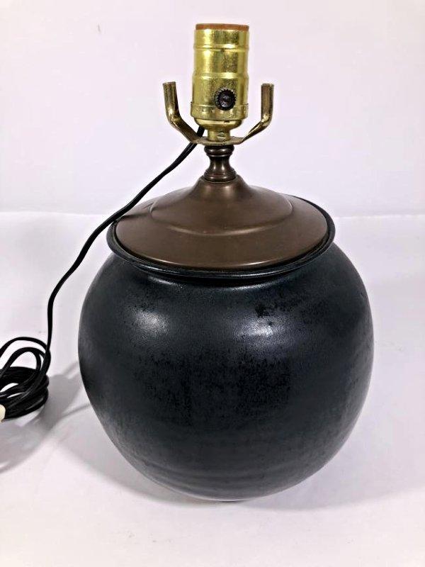 Glazed Dark Green ceramic table lamp - 3