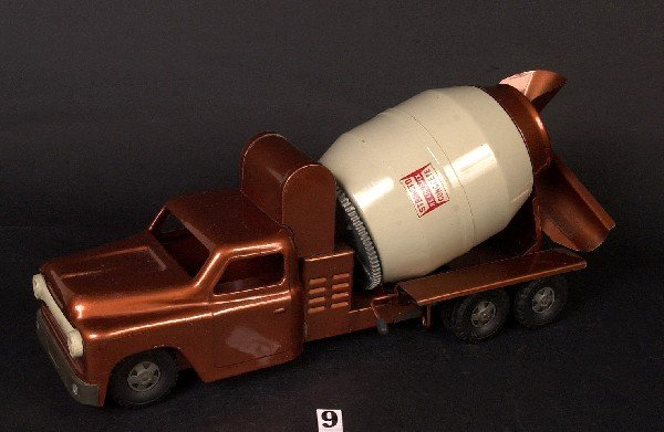 9: Structo Ready Mix concrete truck (original)