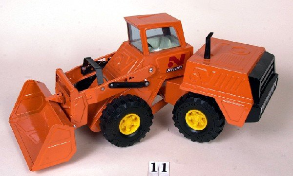 11: Ny-Lint front end loader (restored)