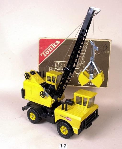 17: Mighty Tonka crane in box