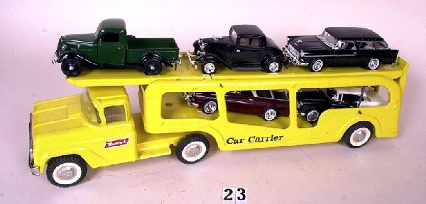 23: Buddy L car carrier w/ cars
