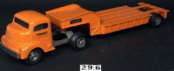 296: Smith-Miller Fruehauf equipment transport