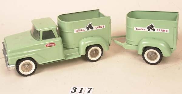 317: Tonka Farms truck w/ horse trailer
