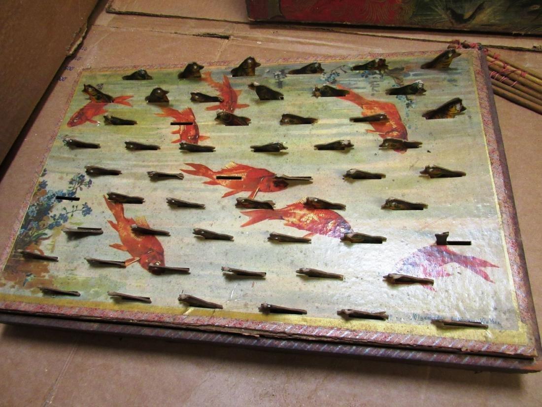 "1898 ""Fish Pond"" Mc Loughlin game in box - 5"