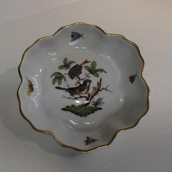 Hungary Rothschild Bird hand-painted porcelain 1930s - 2