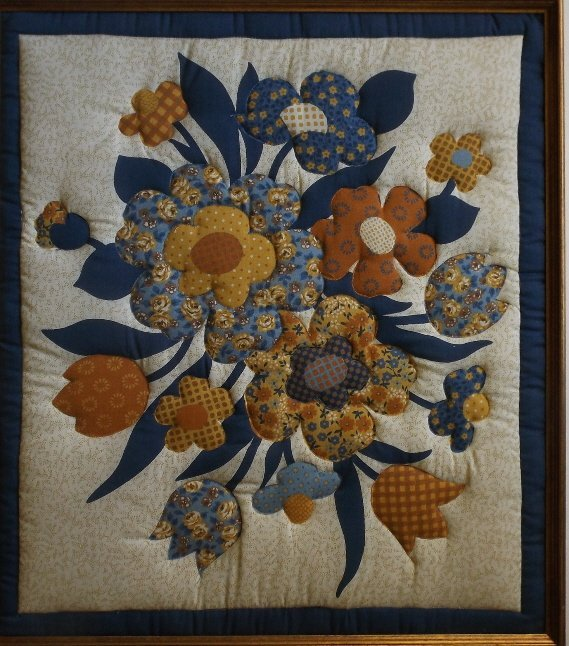 Vintage American hand stitched quilt appliqued Flowers