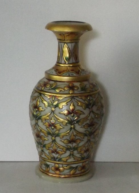 Mughal style hand carved marble vase, India