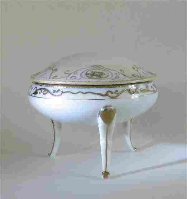 Noritake Nippon Footed Porcelain Bowl w. Lid 1910