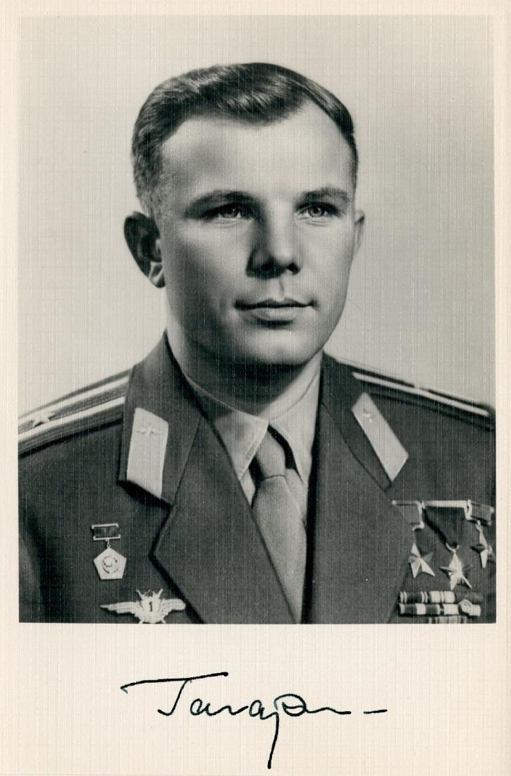 Yuri Gagarin, Soviet Cosmonaut, Signed Photo: First Man - 3