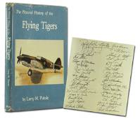 Flying Tigers Pictorial History Book Signed by 35