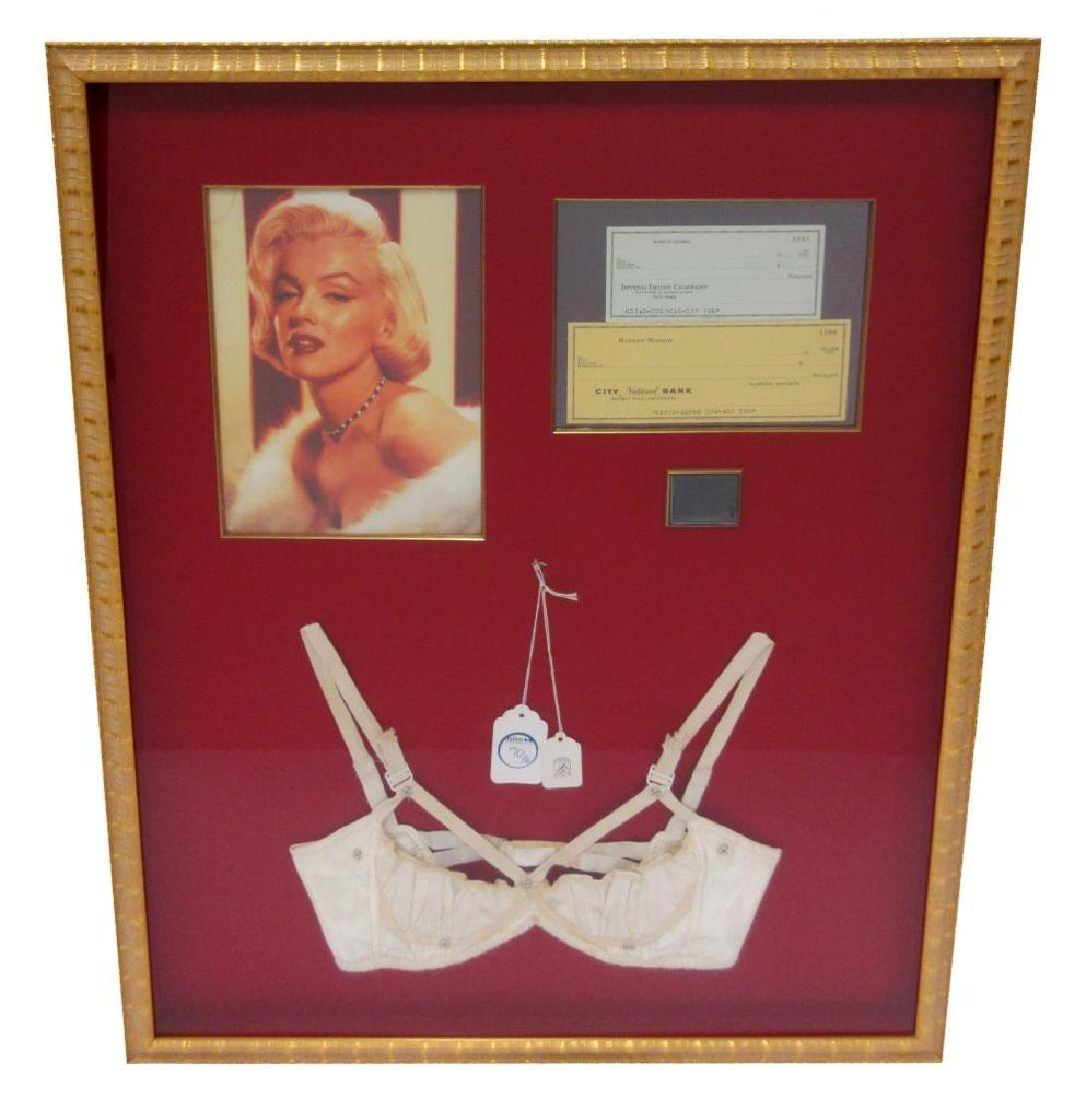 Marilyn Monroe Hair & Lingerie, in Spectacular Display!