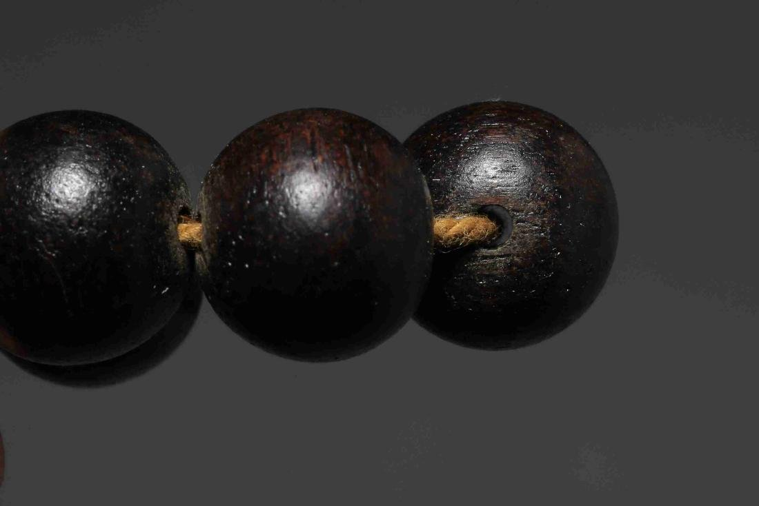 QING DYNASTY EAGLEWOOD BEADS - 9