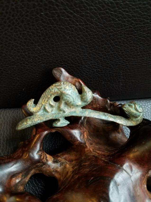 Bronze Belt Holder