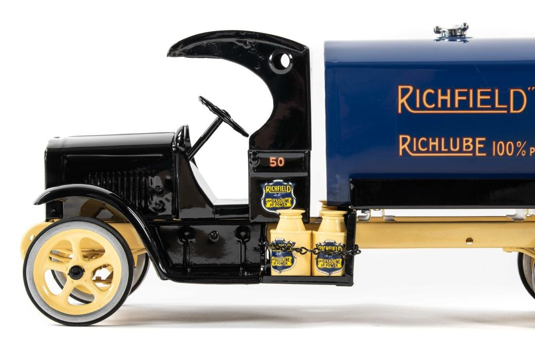 Richfield Pressed Steel Tanker Truck - 4