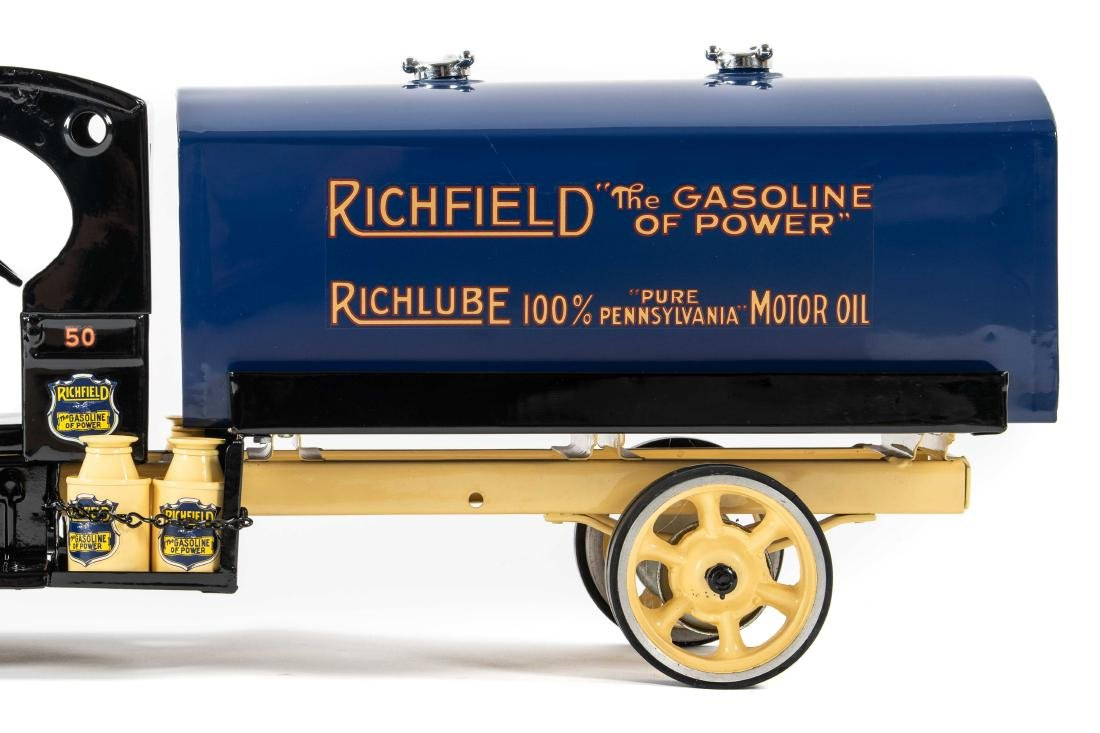 Richfield Pressed Steel Tanker Truck - 5