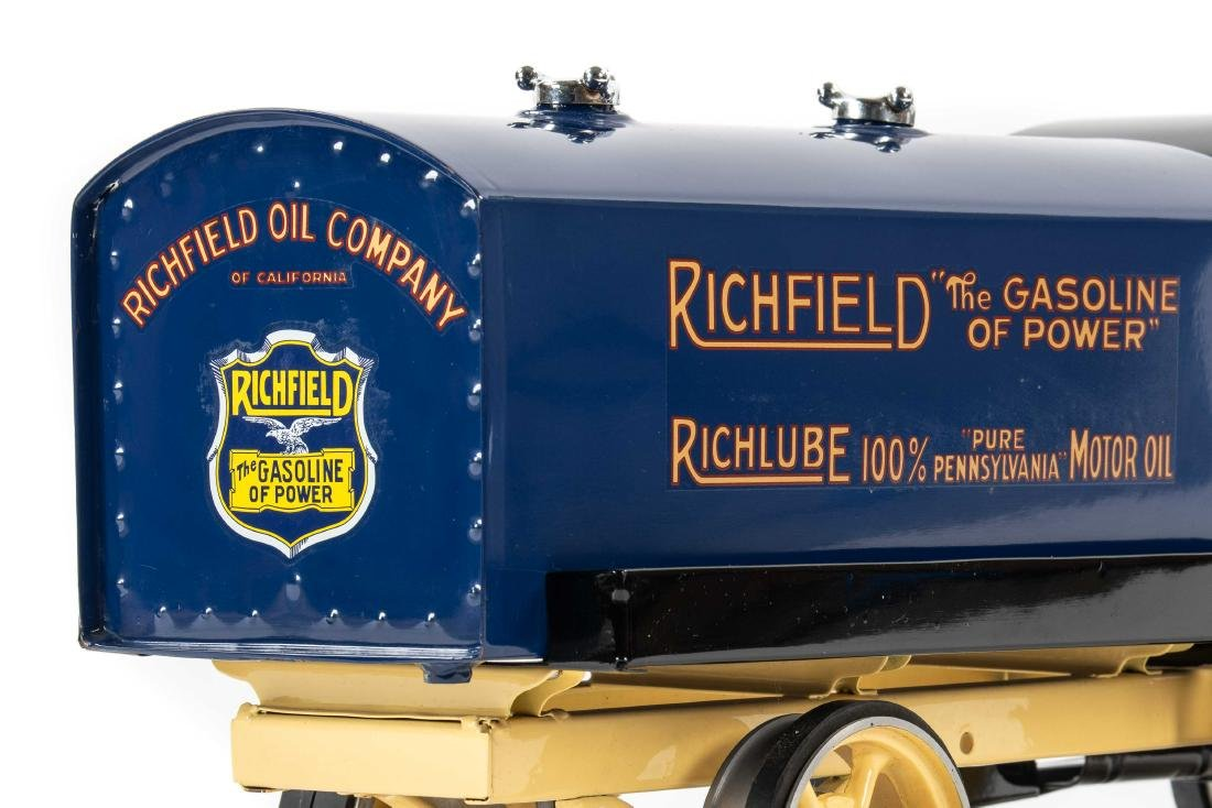 Richfield Pressed Steel Tanker Truck - 7