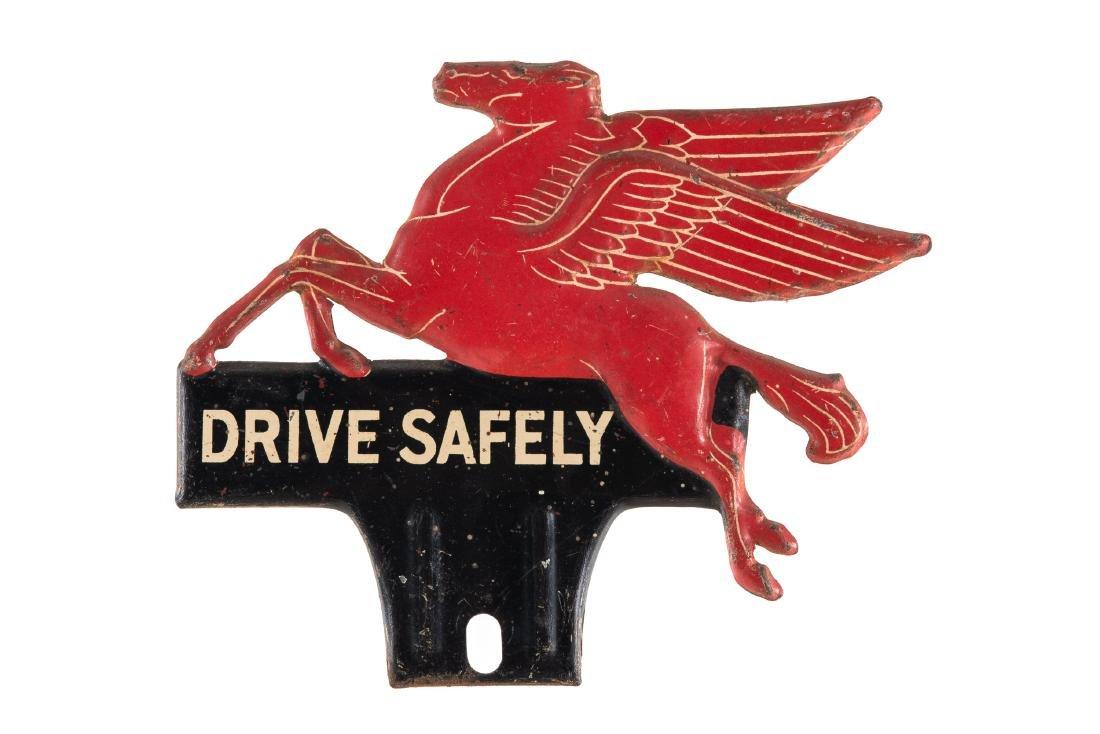 Mobil Pegasus License Plate Topper