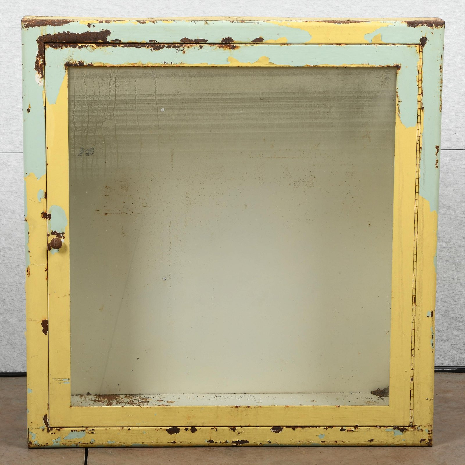 Early Display Cabinet