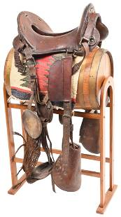 US Military Cavalry Saddle With Horsehair Girth