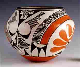 Acoma Pottery: Bowl, Signed Rose Chino Garcia