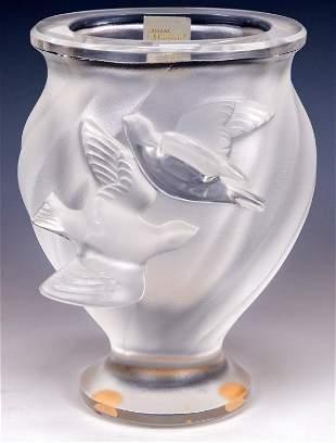 Lalique Glass Rosine Dove Vase