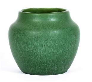 Hampshire Green Vase / Small Jardinere