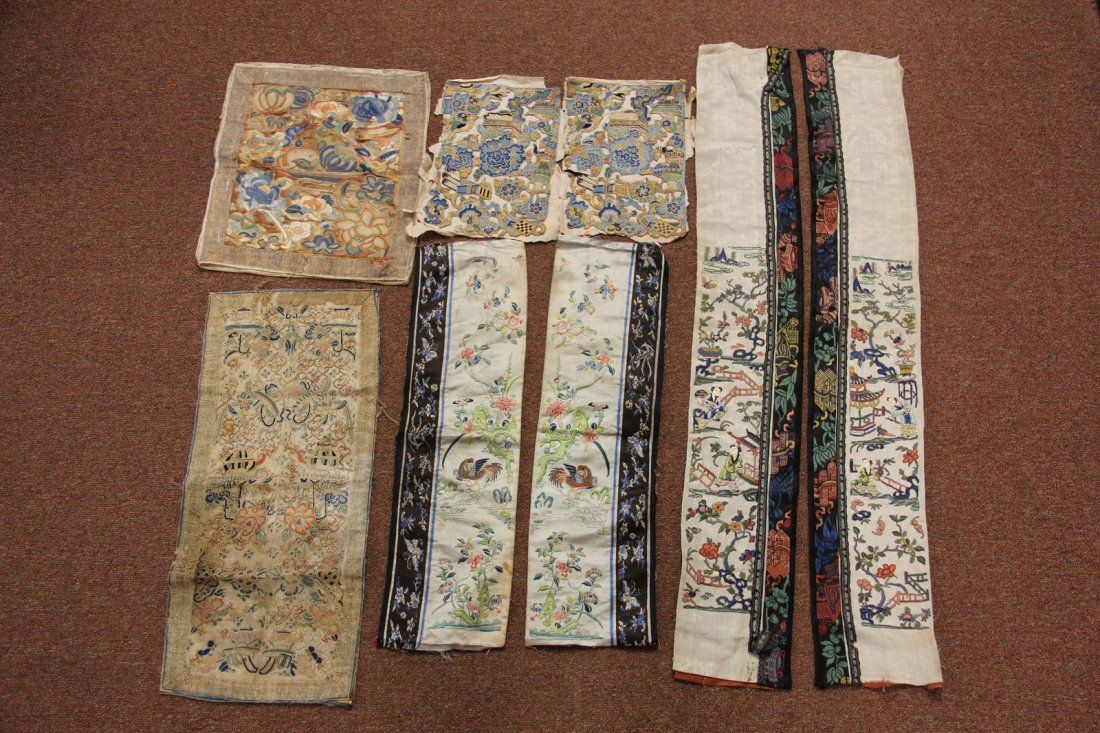 group of Qing Dynasty Silk Embroidery
