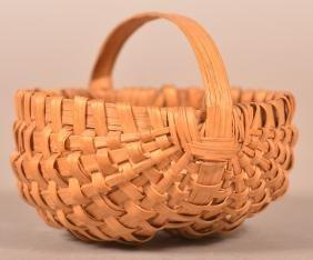 Miniature White Oak Splint Ribbed Basket.
